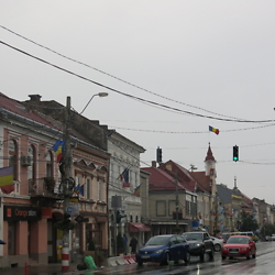 A rainy day on the central boulevard in Reghin. CREDIT: Benjamin Fox-Rosen.
