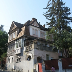 Villa in the historic center of Târgu Mureș. CREDIT: Julie Dawson.