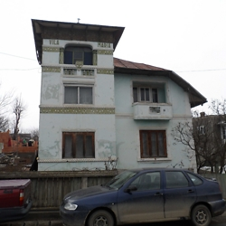 Villa, probably interwar period, in Burdujeni. CREDIT: Julie Dawson